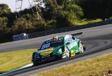 Marcos Gomes repete bom desempenho e faz a pole position em Curitiba (Fábio Davini/Vicar) .