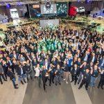 Colaboradores da Daimler Trucks de 34 países participaram do evento de premiação na Alemanha.