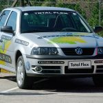 Gol Total Flex, primeiro carro nacional a utilizar tecnologia que permite o uso misto de combustível.