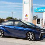 Toyota Mirai é o primeiro veículo movido a célula de combustível produzido e comercializado em escala no mundo.