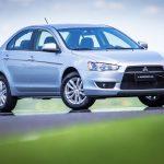 Mitsubishi Lancer HL é uma das opções.