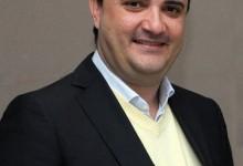 Oswaldo Ramos.
