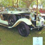 Automóvel marca Auburn, conversível.