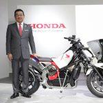 Takahiro Hachigo, presidente e CEO da Honda Motor Co na coletiva de imprensa.