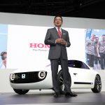 Takahiro Hachigo, presidente e CEO da Honda Motor Co fez a apresentação.