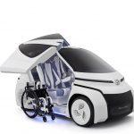 Concept I-RIDE, focado no público cadeirante, possui sistema inteligente e fácil de carregar e descarregar a cadeira de rodas, facilitando a vida dos usuários.
