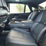Ao aprimorar todos os aspectos do LS, a Lexus dedicou especial atenção aos bancos traseiros do sedã.