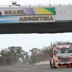 O Mercedes-Benz número 55 de Paulo Salustiano estará em primeiro no grid em Córdoba.