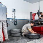 Bana Pneus - Montagem dos pneus.