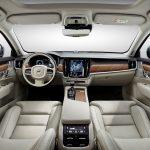 Interior dianteiro do Volvo S90/V90.