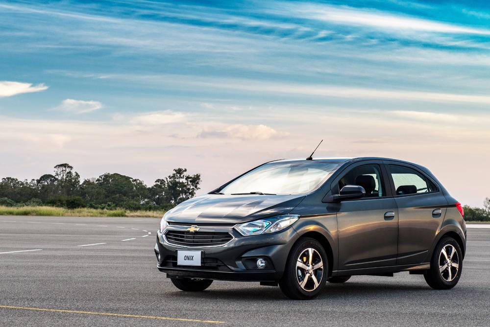 No Feirao De Fabrica Chevrolet Onix Com Taxa Zero Em Ate 30 Vezes